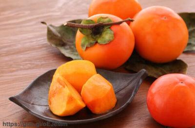柿の栄養は?糖質ダイエットには適してる?風邪予防や美肌にも効果的
