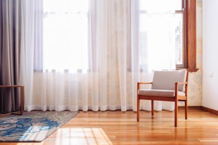 カーテンの洗濯頻度はどのくらい?正しい洗い方と干し方も紹介!自宅で洗えるの?